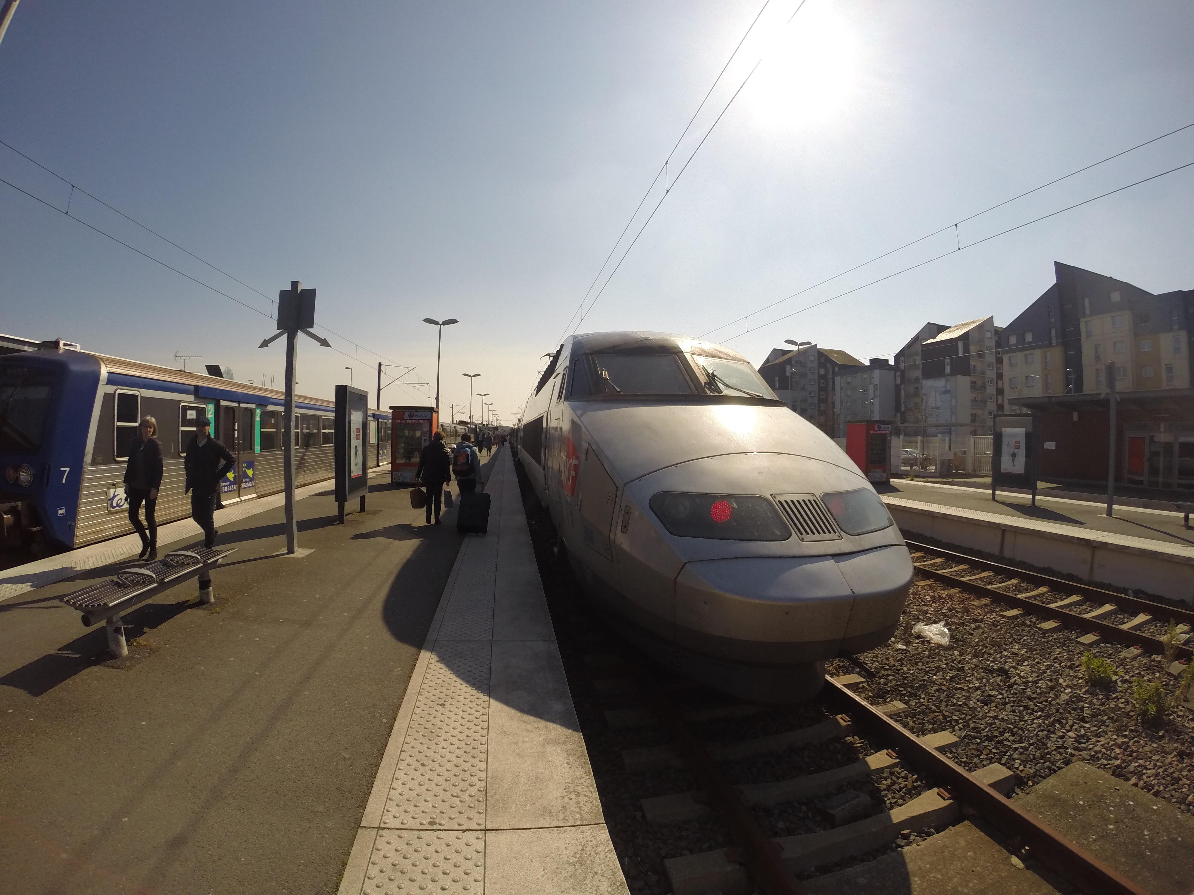 Paris Marathon 2016 TGV GoPro