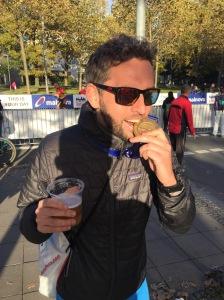 Frankfurt Marathon 2016 medal beer